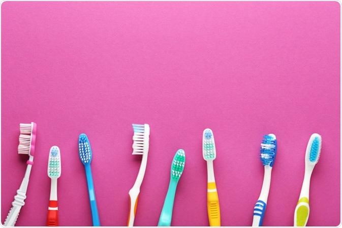 jaką szczoteczkę do zębów wybrać