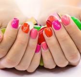 lakier hybrydowy na paznokcie