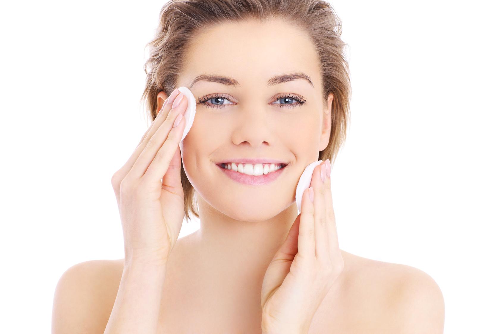 jak oczyścić skórę twarzy?