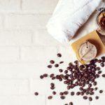 Kawa – jakie jest jej zastosowanie w kosmetyce?